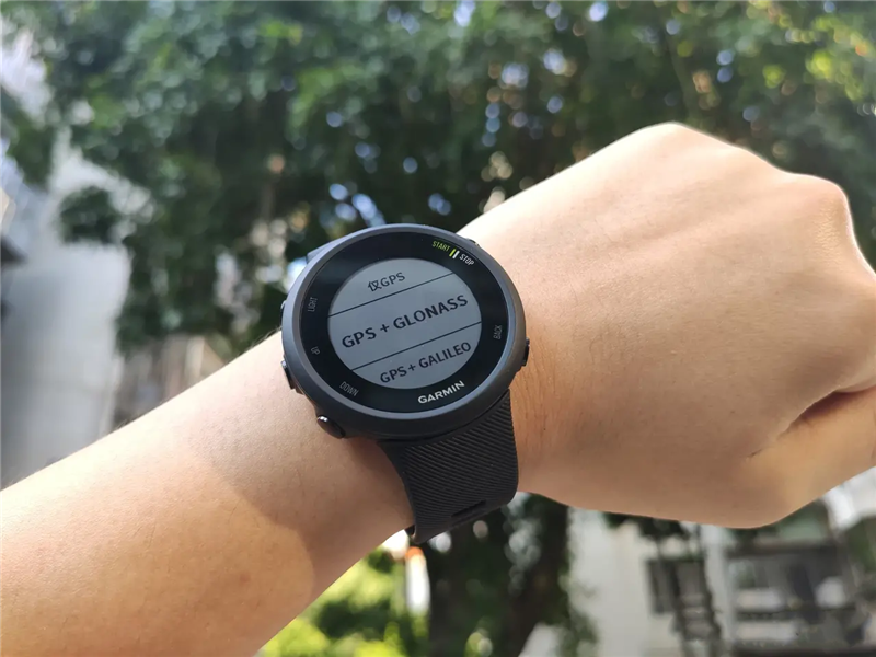 佳明全新Forerunner手表