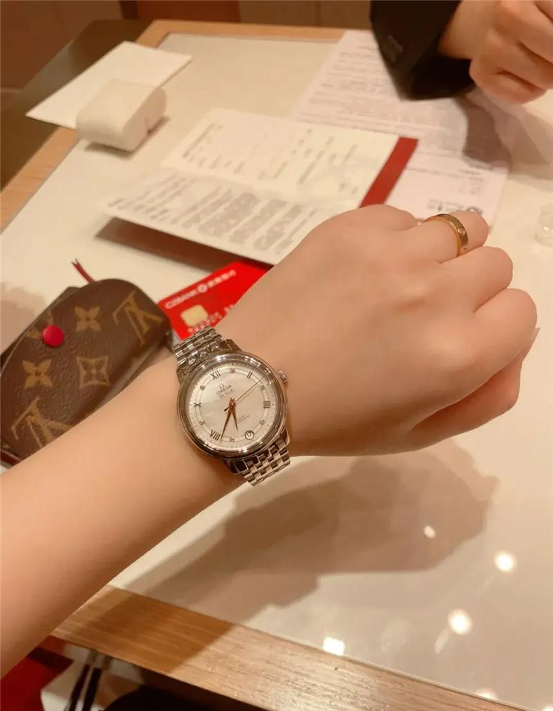 目前最热门的智能手表之一
