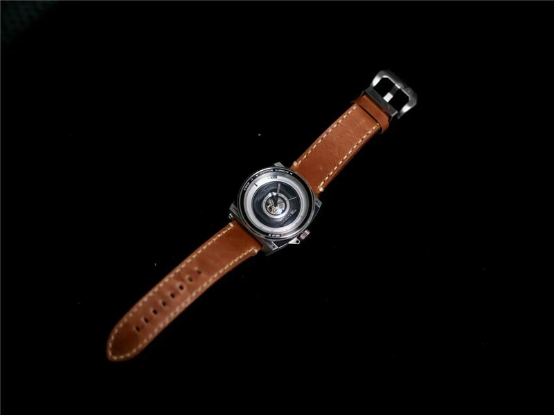 TACS镜头机械手表
