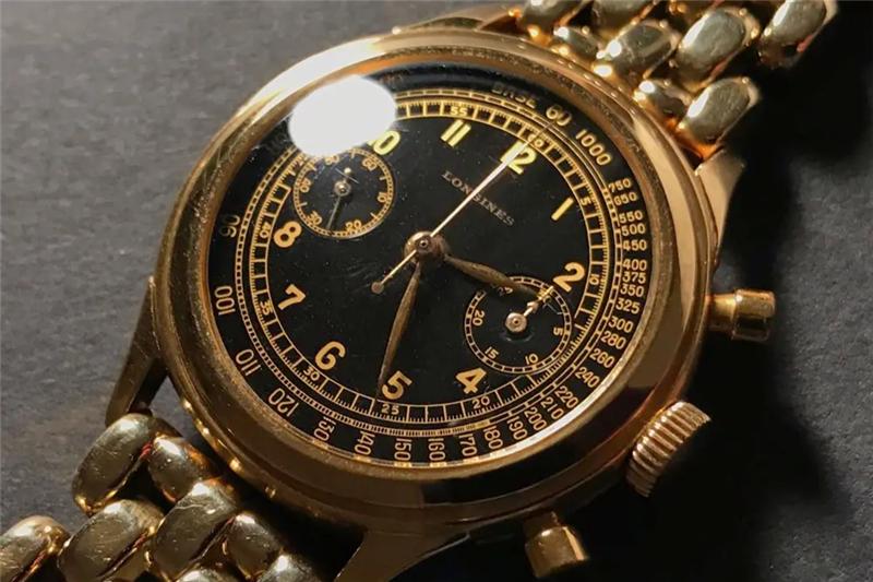 西安女子在赛特奥莱买1.8万元浪琴手表戴一天表扣就掉针